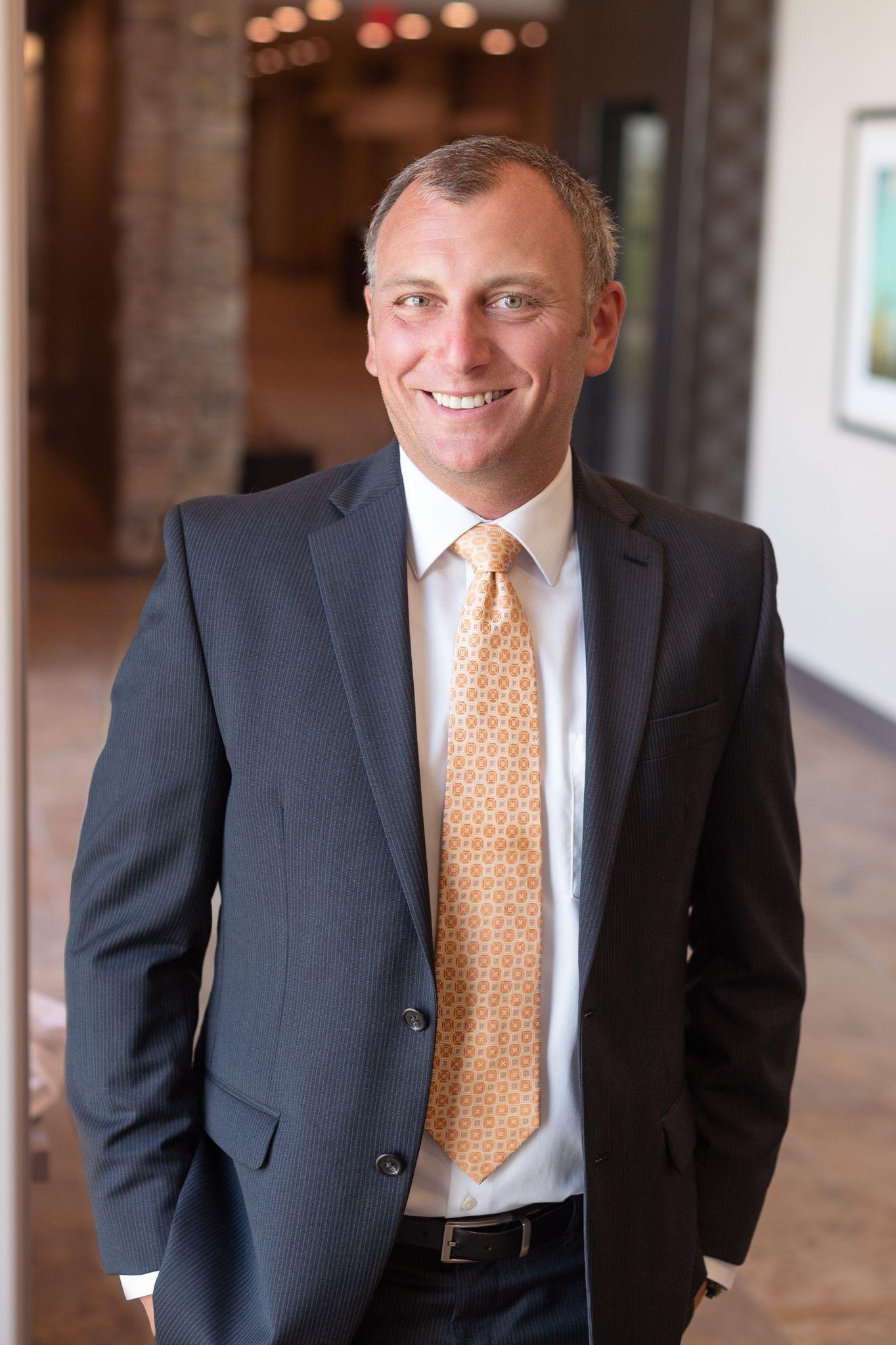 Dr. Meinhardt